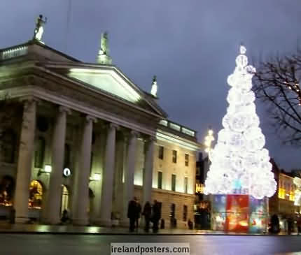Ireland Christmas, Dublin GPO & Christmas tree photo 2011