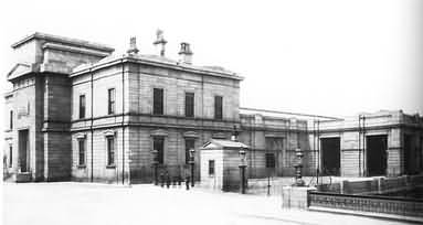 Broadstone railway station building, Dublin 2006 photo